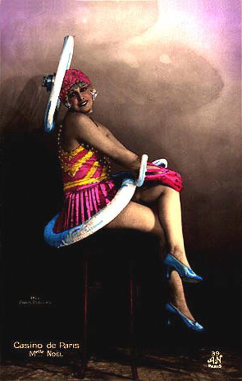 Dancers-of-the-Casino-de-Paris-14
