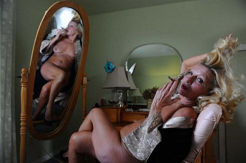 striptease13