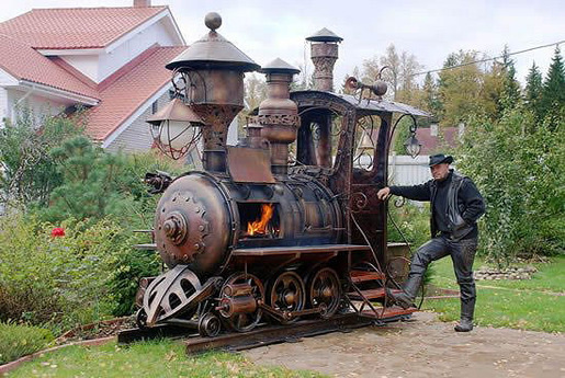 steampunk-locomotive-grill