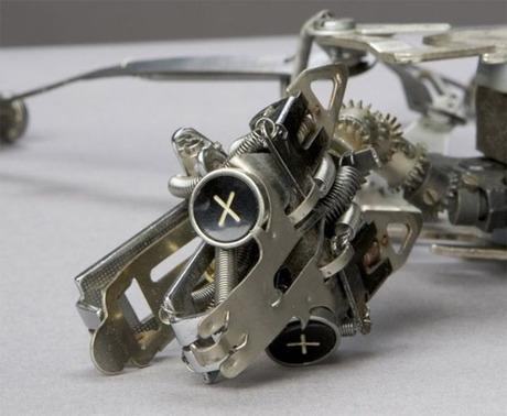 weird-typewriter-sculpture