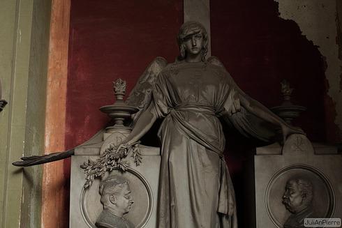 Cimitero monumentale di Staglieno 14