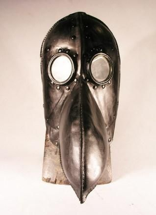 doctor-plague-mask-frontal