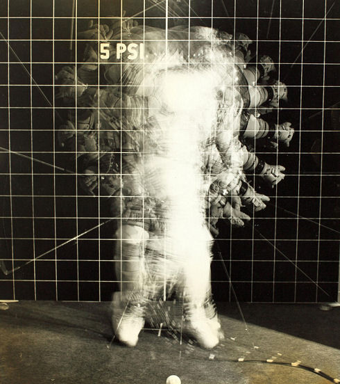 space-suit-motion-test-1