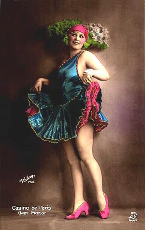 Dancers-of-the-Casino-de-Paris-16