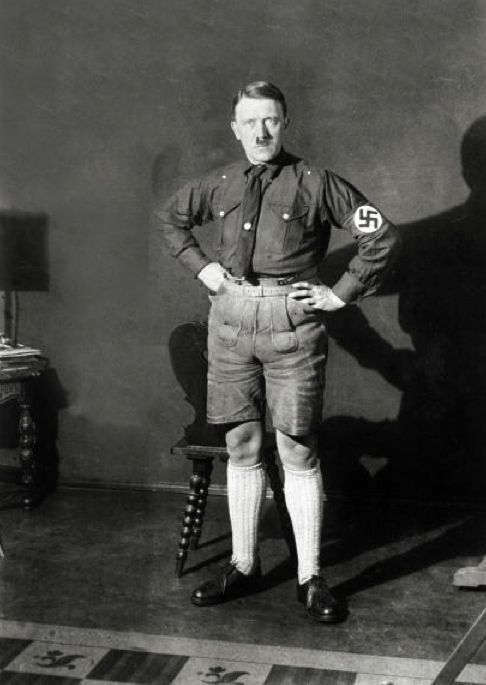 Hitler in Shorts 04