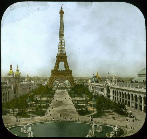 The 1900 Paris World's Fair in Color (17)