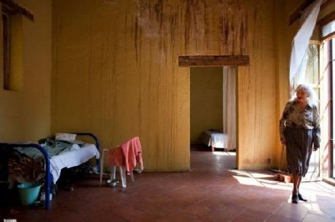 shelter-for-retired-prostitutes02