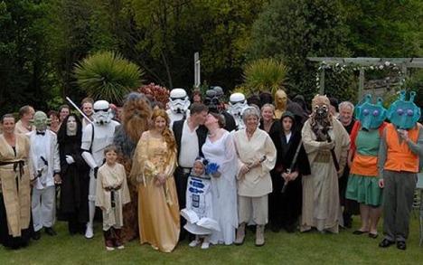 World_s_Best_Bizarre_Funny_Wedding_Photos_2