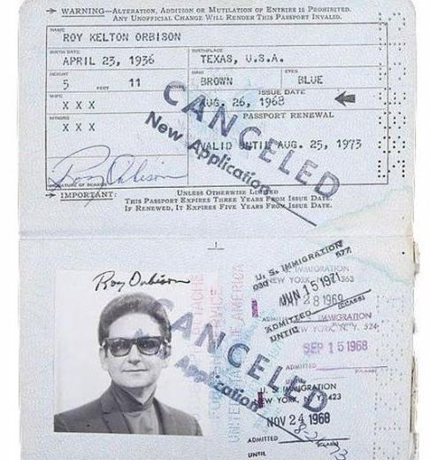 passport_of_iconic_figures_05