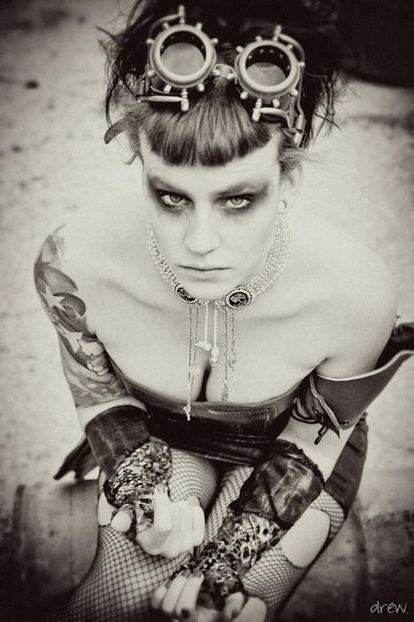 Steampunk_II_by_TessaLeTaunt