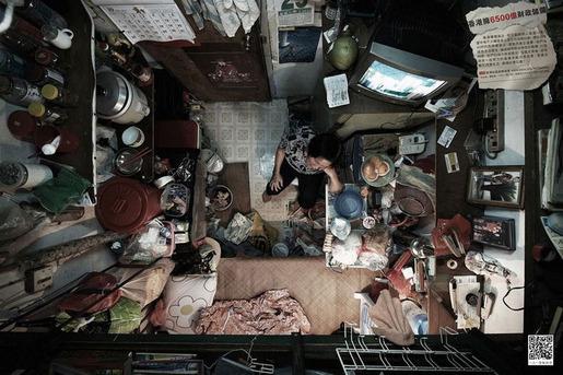 hong-kong-cubicle-dwellers-1
