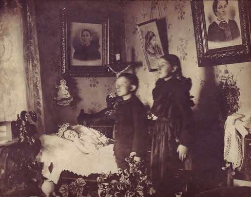 Post-mortem photography 12
