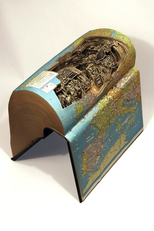 Brian-Dettmer-book-carvings7-550x825