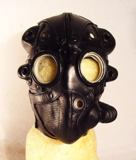 steampunk-lord-gasmask-front