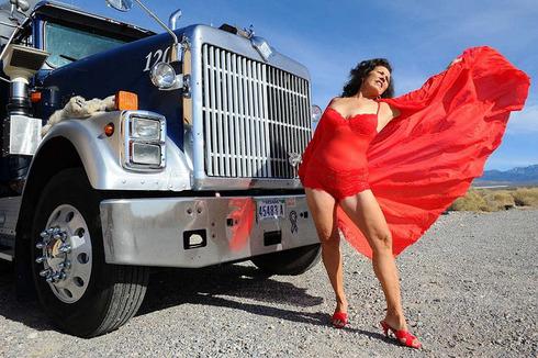 striptease02