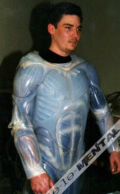 Tim Burton-superman_lives_costume- (8)