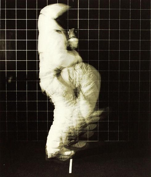 space-suit-motion-test-3