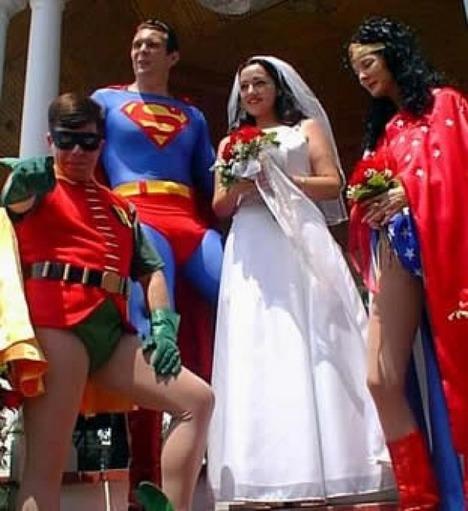 World_s_Best_Bizarre_Funny_Wedding_Photos_29