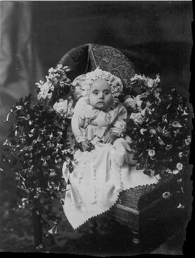 Post-mortem photography 17