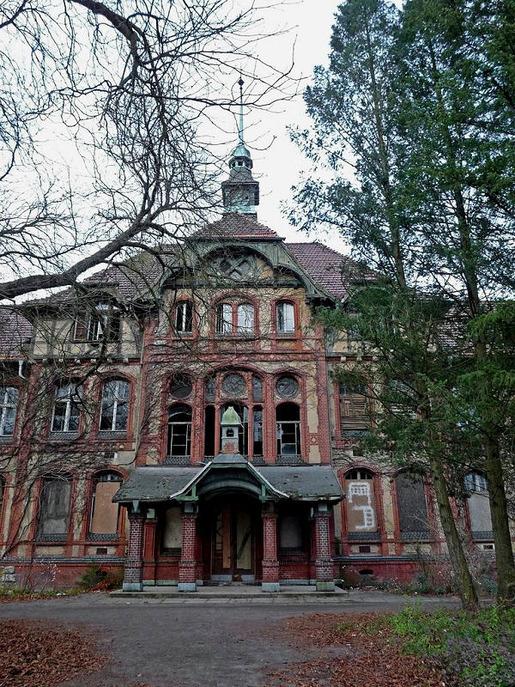Beelitz-Heilstatten sanatorium 05