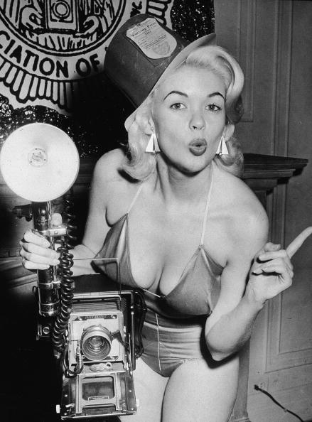 1956_American film actor and sex symbol Jayne Mansfield