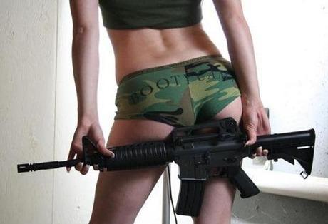 gun and woman_20