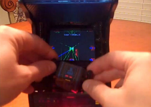 mini-star-wars-atari-arcade-cabinet