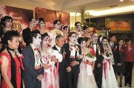 World_s_Best_Bizarre_Funny_Wedding_Photos_6