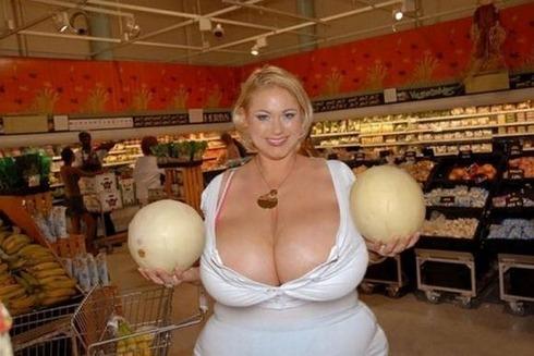 huge-female-breast03