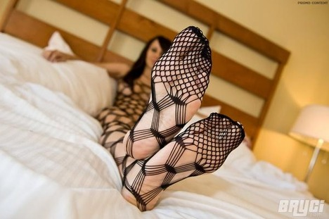 sexy_bryci_nude_in_body_stocking_1