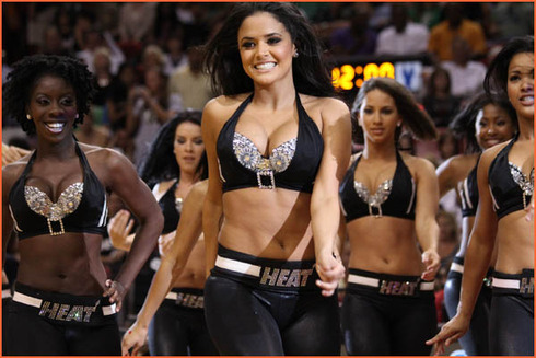 nba-dancers-miami-heat-dancers-15