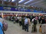 ドバイ国際空港のイミグレ