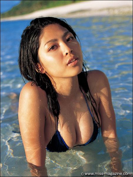 MM2008-2-SatoSakura-02