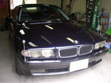 BMW750(1)