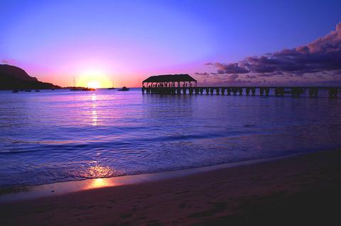hanalei-bay-pier-sunset-brian-harig
