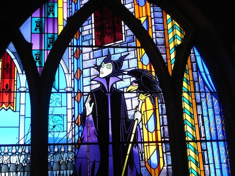 stained-glass-1788211_1280