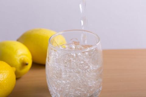 炭酸とレモン