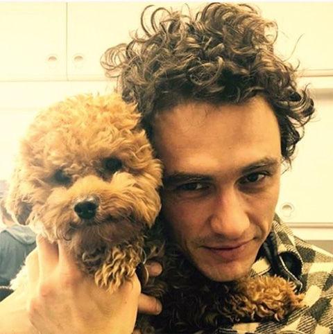 ジェームズ・フランコとイヌ