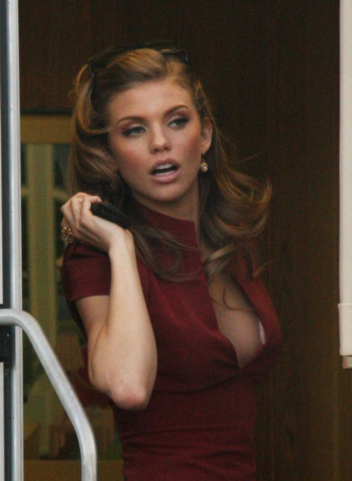 Anna Lynne McCord on set of 90210 in Hollywood (1)