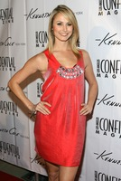 stacy-keibler-kenneth-cole-celebrates-02
