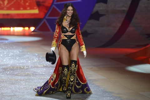 Victoria's Secret Fashion Show 2012 035