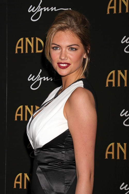 Kate Upton - Andrea's Grand Opening At Wynn in Vegas 11