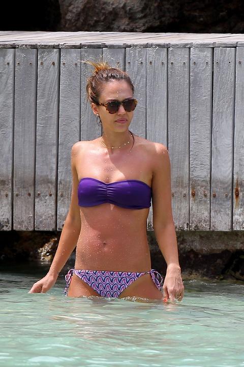 Jessica Alba  Purple Bikini  St Barts 039