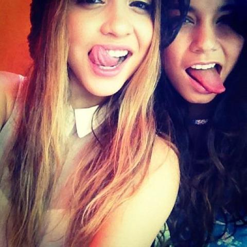 Vanessa & Stella Hudgens (1)