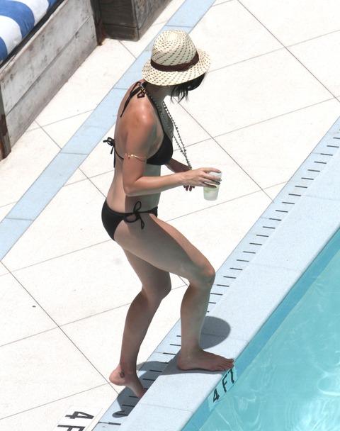 Katy Perry - wearing a bikini at a hotel pool in Miami  09