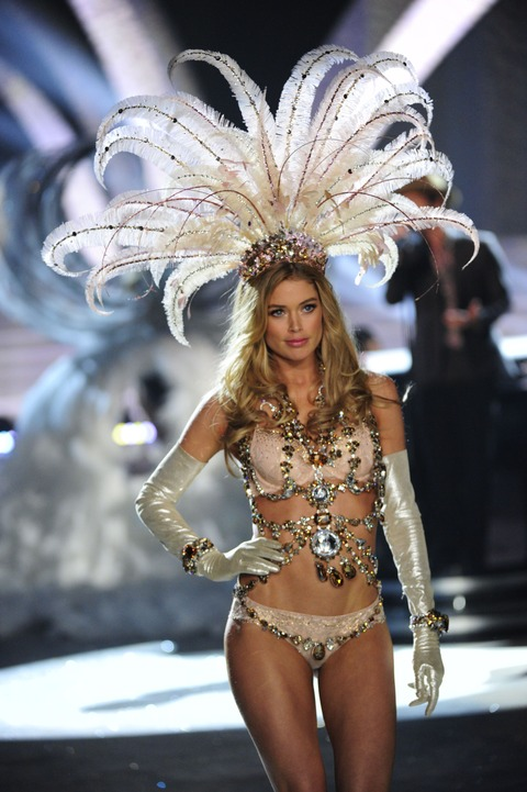 Victoria's Secret Fashion Show 2012 021