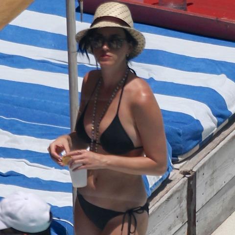Katy Perry - wearing a bikini at a hotel pool in Miami  06