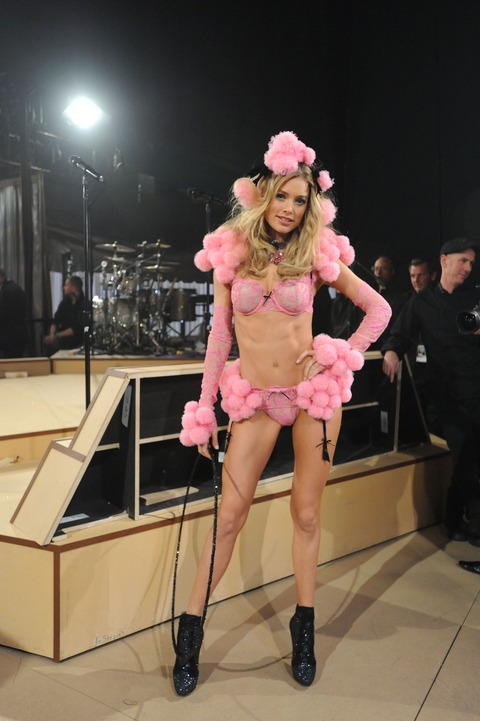 Victoria's Secret Fashion Show 2012 023