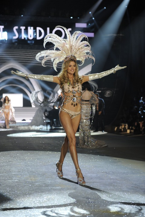 Victoria's Secret Fashion Show 2012 022