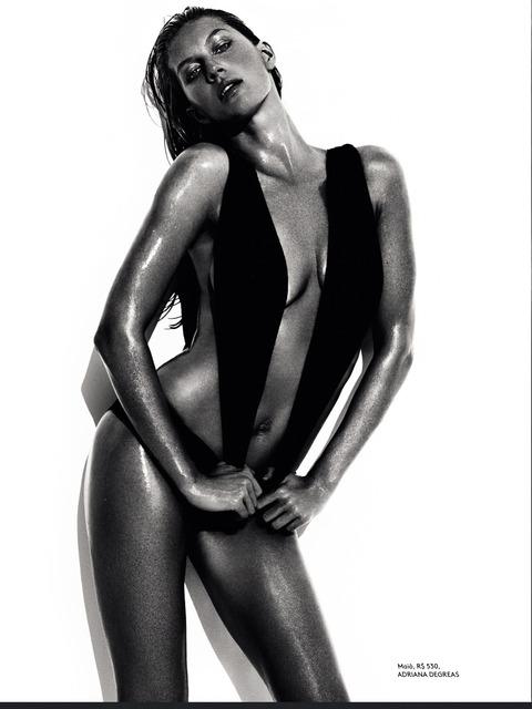 Gisele Bundchen by Mario Testino - Vogue Brazil June 2013 (7)